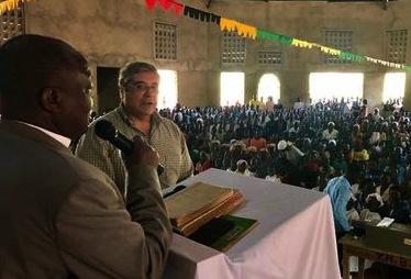 cuffaro inaugura chiesa burundi