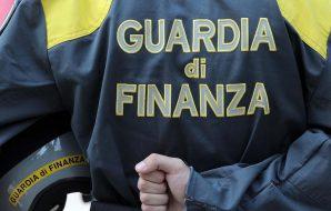 blitz contro il clan cintorino 31 arresti sequestrata società di noleggio acquascooter