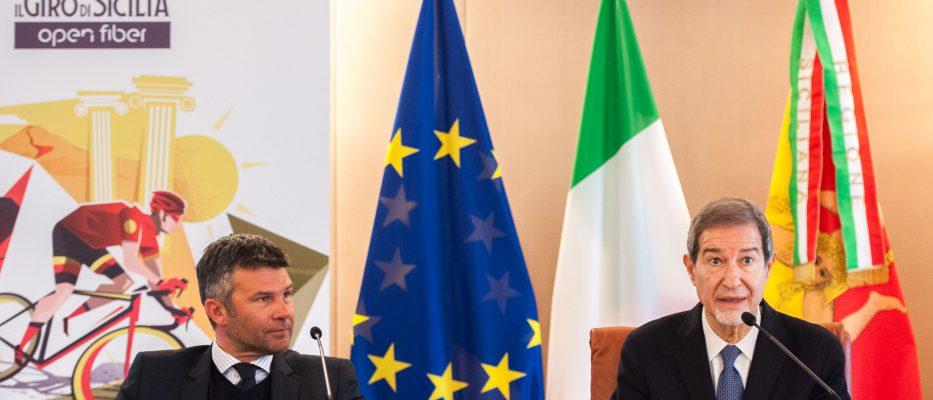 Il Giro d'Italia 2021 partirà dalla Sicilia. Tre tappe sull'isola