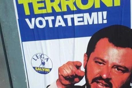 finti manifesti elettorali di Salvini affissi e poi rimossi ad agrigento