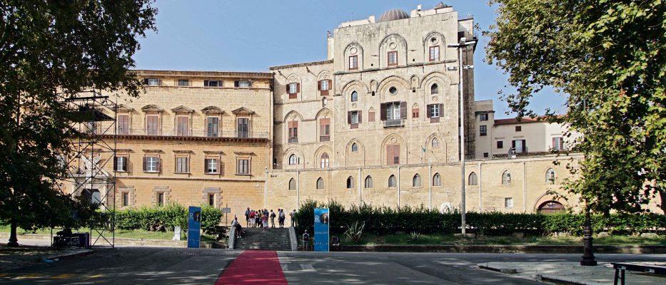 presentata castrum superius la mostra dedicata al palazzo reale di palermo