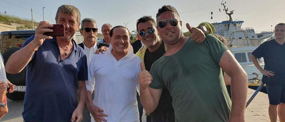 Berlusconi-a-Lampedusa