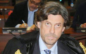 Sbarchi, ancora minacce e insulti per il procuratore di Agrigento Patronaggio