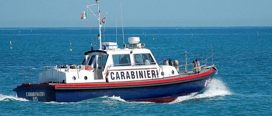 motovedetta carabinieri